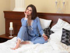Постельные принадлежности и одежда для сна